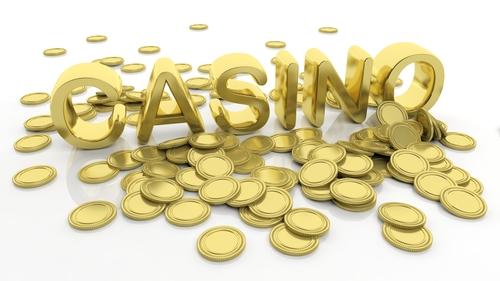 illustration du mot casino écrit en lettre dorée